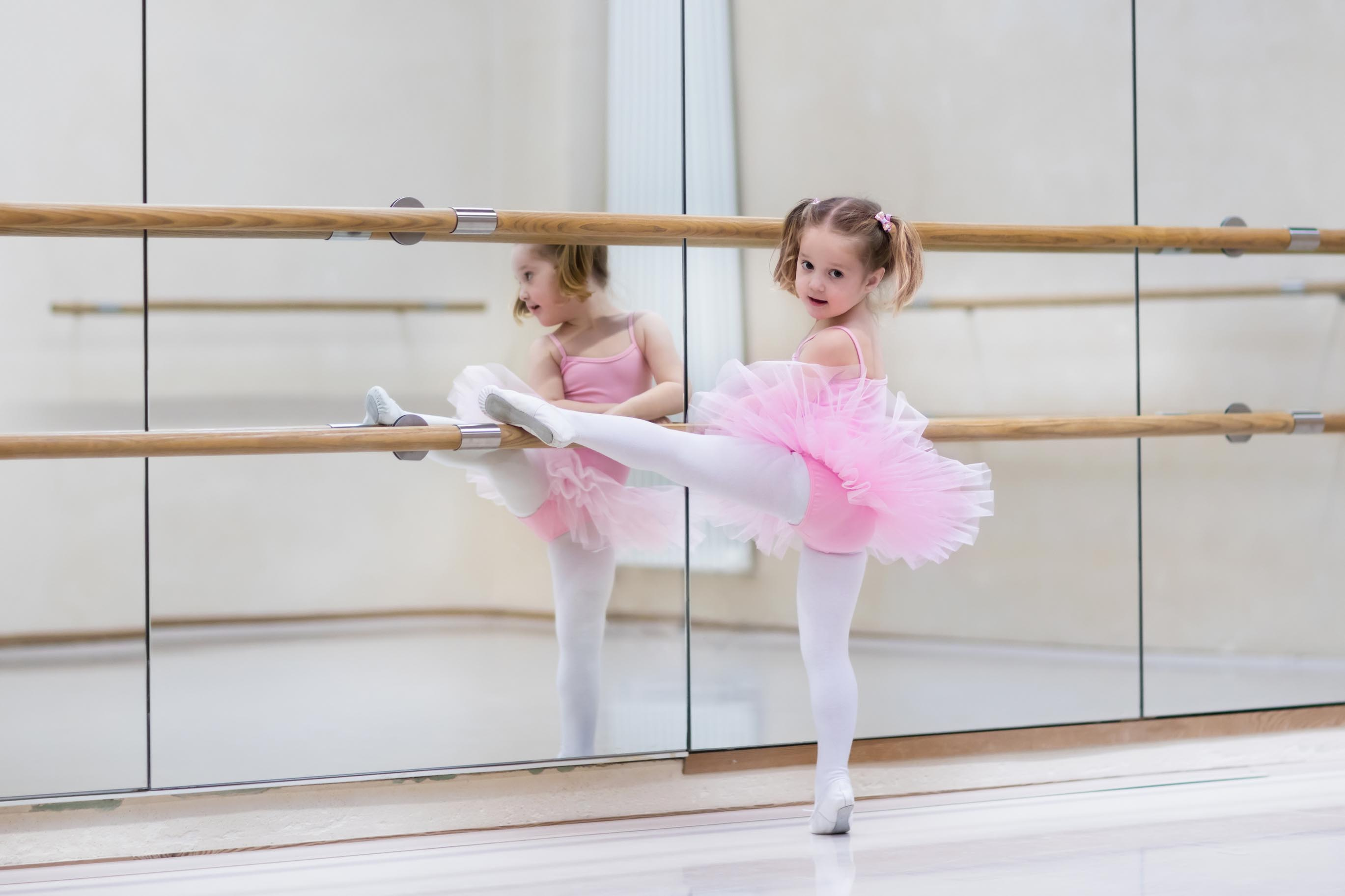 How to choose the right type of ballet class for your child