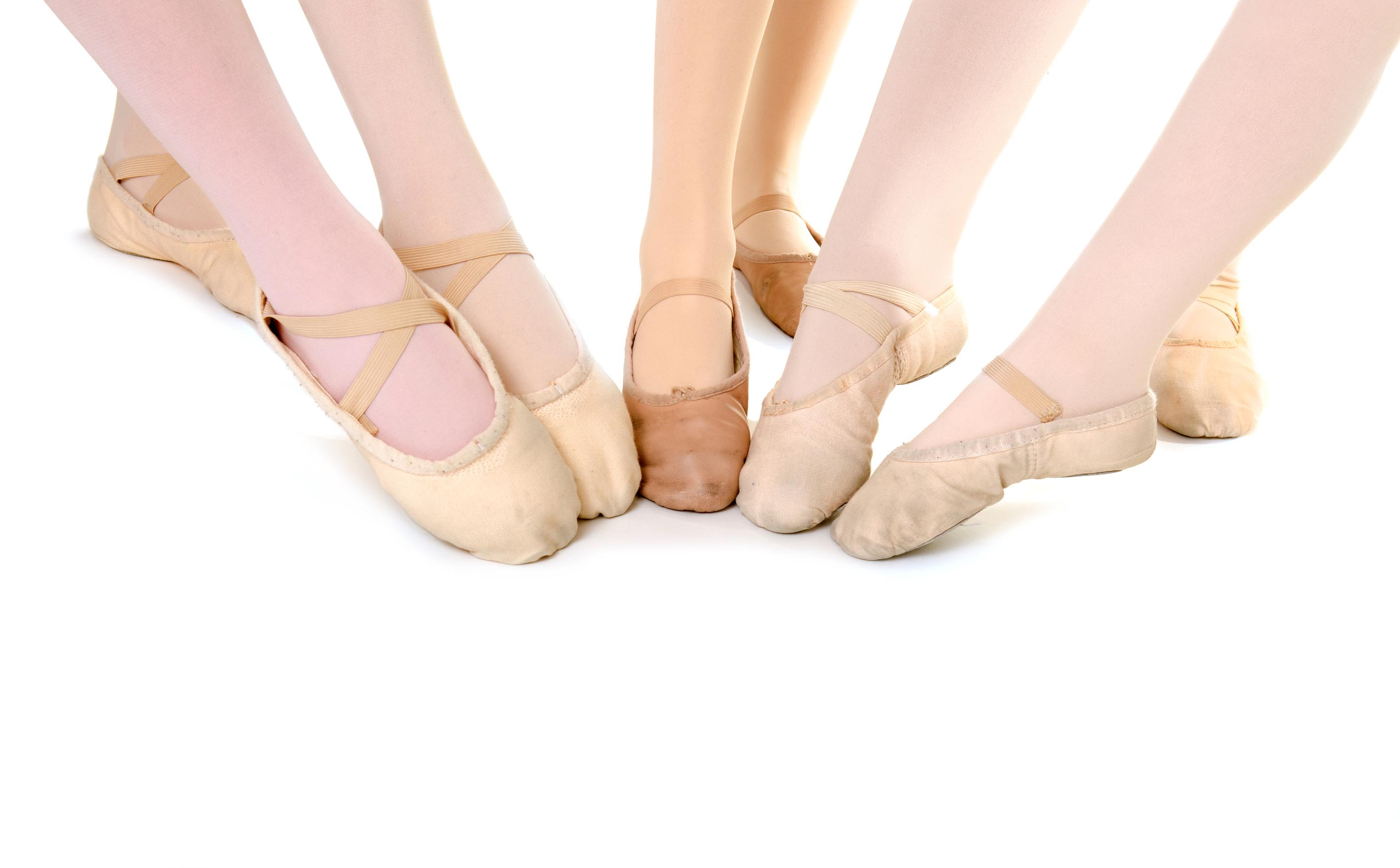 Choosing ballet slippers for dance class